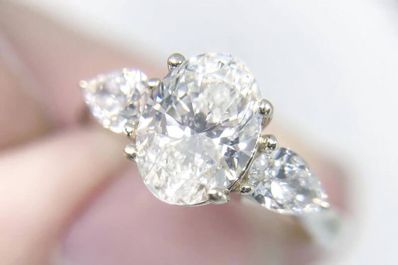 The Seven Best Diamond Shapes For Any Engagement Ring